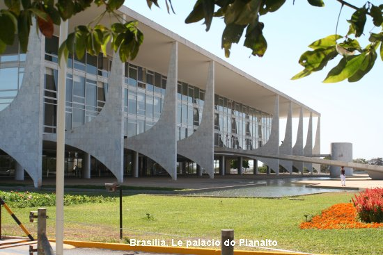914_brasilia_palacio_do_planalto.jpg